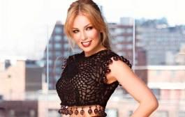 Thalía confiesa que olvida letras de canciones por dislexia