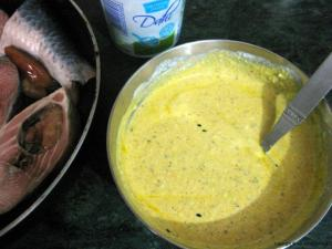 Prepare the Yogurt-Mustard paste mixture