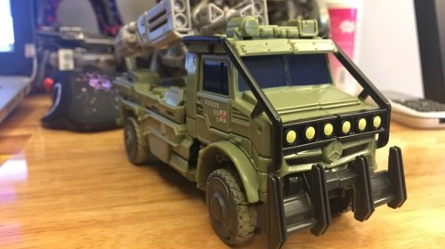 Transformers The Last Knight Premier Edition Hound Voyager wave 2