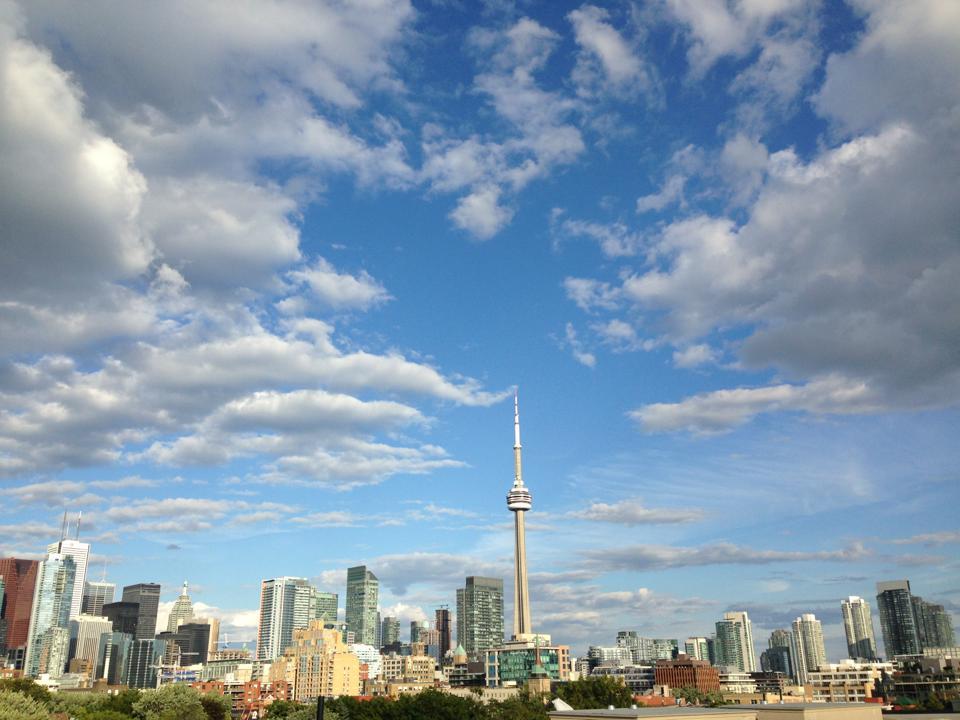 Photobombing Tourists: A Torontonian's Guide