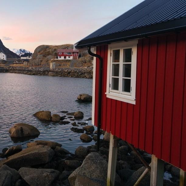 Notre cabane avec vue sur la mer Eliassen Rorbuer hellip