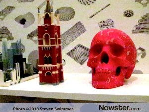 3D printed building and skull in Cubify booth at CES.