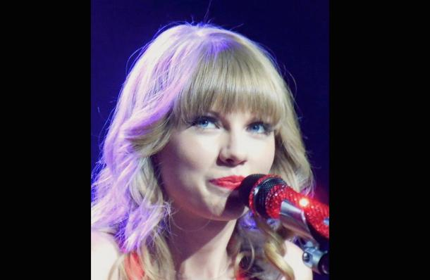 Taylor Swift performs in St. Louis, Missouri in 2013 Photo Credit: Jana Zills