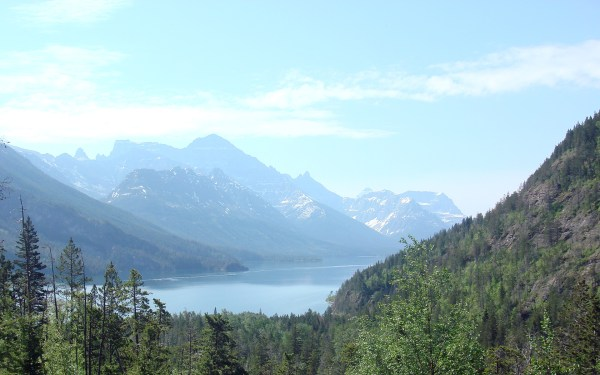 5 - mountains and waterton lake