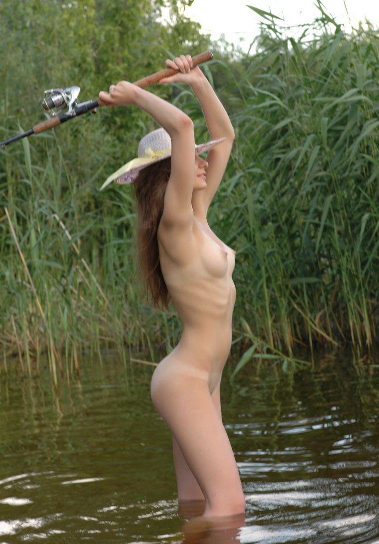 hot women fishing