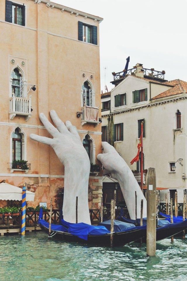 Nubby Twiglet | Venice Hands Support Sculpture
