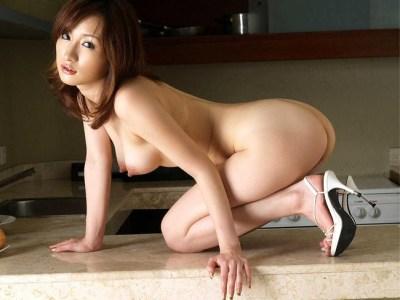 【ヌード画像】ハイヒール美女の美脚がたまらないw(35枚)