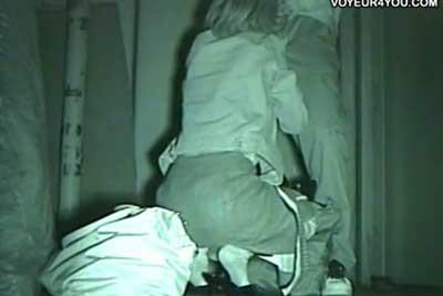 【盗撮動画】深夜ビルの陰で野外セックス始めちゃうカップルを発見したので赤外線カメラで一部始終を盗撮!手マンからフェラまで完全に収めさせていただきましたよ!ww