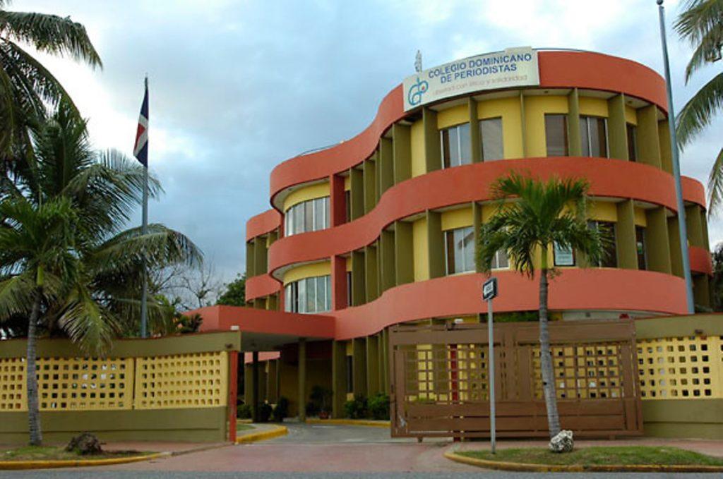 Firma acuerdo entre Colegio Dominicano de Periodistas y la Cámara Dominico China