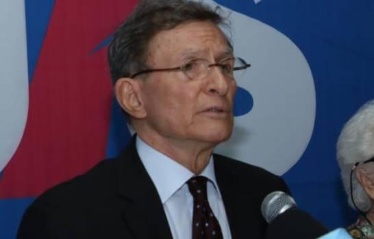 Canciller Roberto Álvarez positivo a la COVID-19