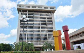 Valdez Albizu destaca Banco Central ha inyectado a la economía US$6,600 millones