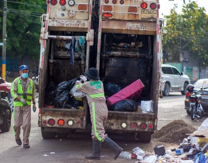 Ayuntamiento de SDE anuncia comienza recoger la basura en el municipio