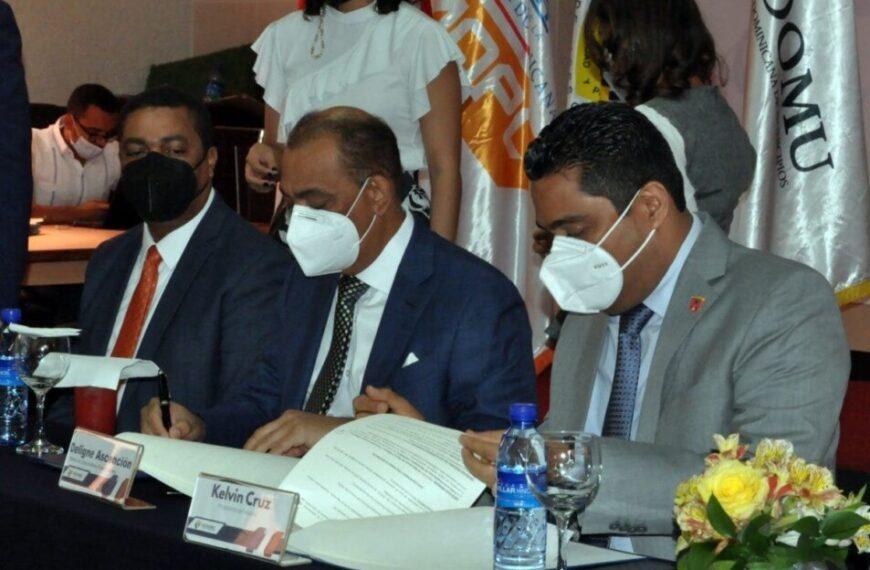 MOPC, Fedomu y LMD acuerdan trabajar obras en los municipios