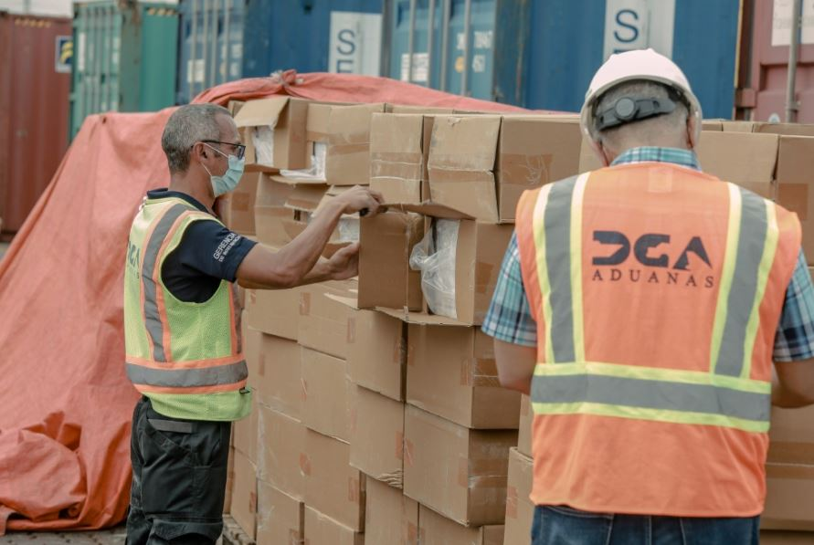 Aduanas incauta 13 millones de unidades de cigarrillos
