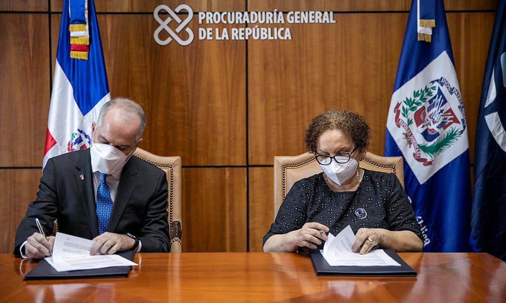 PGR y Superintendencia de Bancos se comprometen a reforzar investigaciones de los delitos financieros
