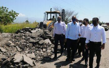Ministro de Obras Públicas asegura para octubre terminarán carretera San Juan-Las Matas de Farfán