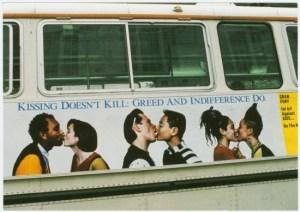 gf kissingbus