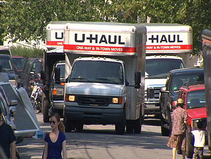 Move-in is coming, grab your U-Haul & tips from Off Campus Student Services!