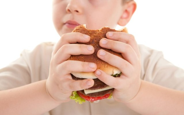 Childhood Obesity Doesn't Look Good But Mom Recommends.