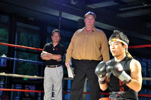 http://i2.wp.com/nwasianweekly.com/wp-content/uploads/2012/31_23/sports_muay3.jpg?resize=500%2C332
