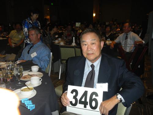 http://i2.wp.com/nwasianweekly.com/wp-content/uploads/2013/32_34/blog_yoo.JPG?resize=500%2C375