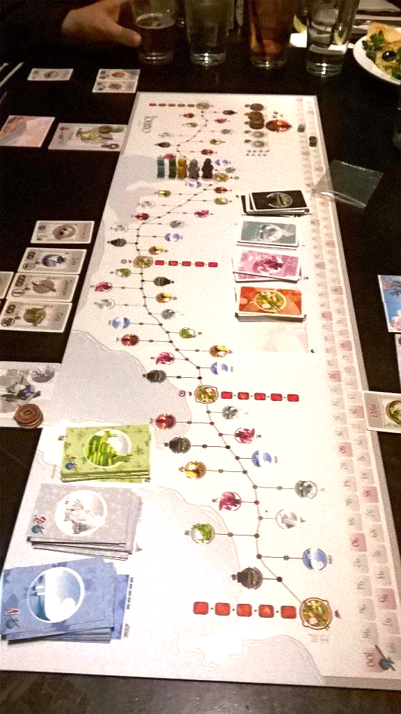 Players travel the East Sea Road in Tokaido. (Photo by Matthew Baldwin)