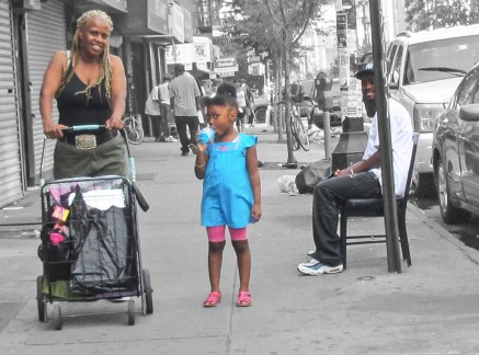 crownheights_2012_nostrand_ave_people_02