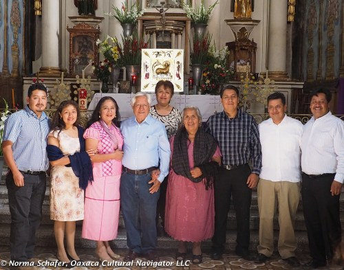 Porfirio and Gloria with their six children