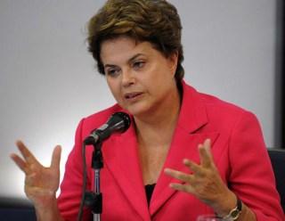 Uma 'via sacra', diz Dilma