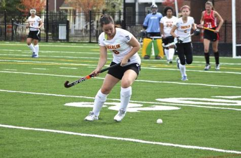 Field Hockey Remains Positive Despite Injuries