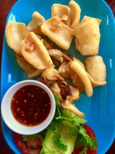 Fried squid with spicy and sweet sauce