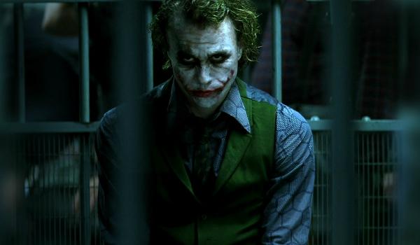 Vídeo explica porque o Coringa de Heath Ledger é o antagonista perfeito