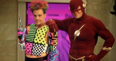 The Flash | Mark Hamill é visto no set da série com visual bem diferente