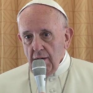 Pope-Plane-WEB