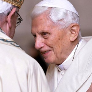 POPE FRANCIS GREETS RETIRED POPE BENEDICT XVI PRIOR TO THE OPENING OF THE HOLY DOOR OF ST. PETER'S BASILICA AT THE VATICAN IN 2015. ALTHOUGH RETIRED POPE BENEDICT IS GROWING MORE FRAIL, THERE ARE NO PARTICULAR CONCERNS OR WORRIES REGARDING HIS HEALTH, A VATICAN SPOKESMAN SAID. / PHOTO: (CNS PHOTO/MAURIZIO BRAMBATTI, EPA)