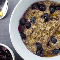 5 Minute Blueberry Banana Oatmeal