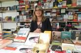 La escritora valenciana Marta Querol en la Feria del Libro