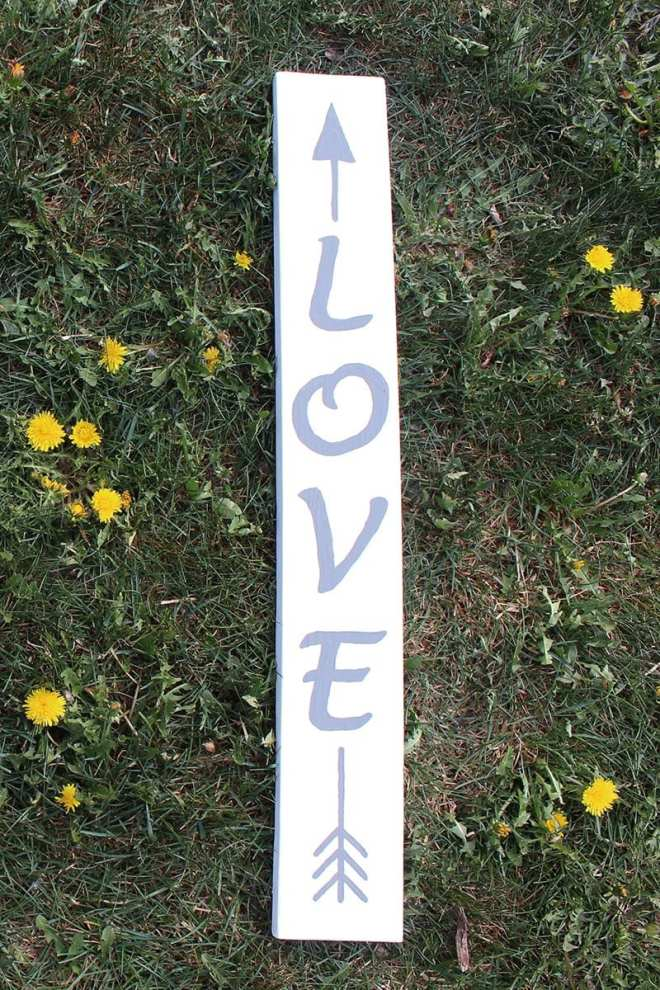 If you're looking for eco-friendly DIY projects, try this love arrow sign. Handpainted using a scrap piece of 1x4 and eco-friendly non-toxic paint. It's all about love... for our beautiful planet!