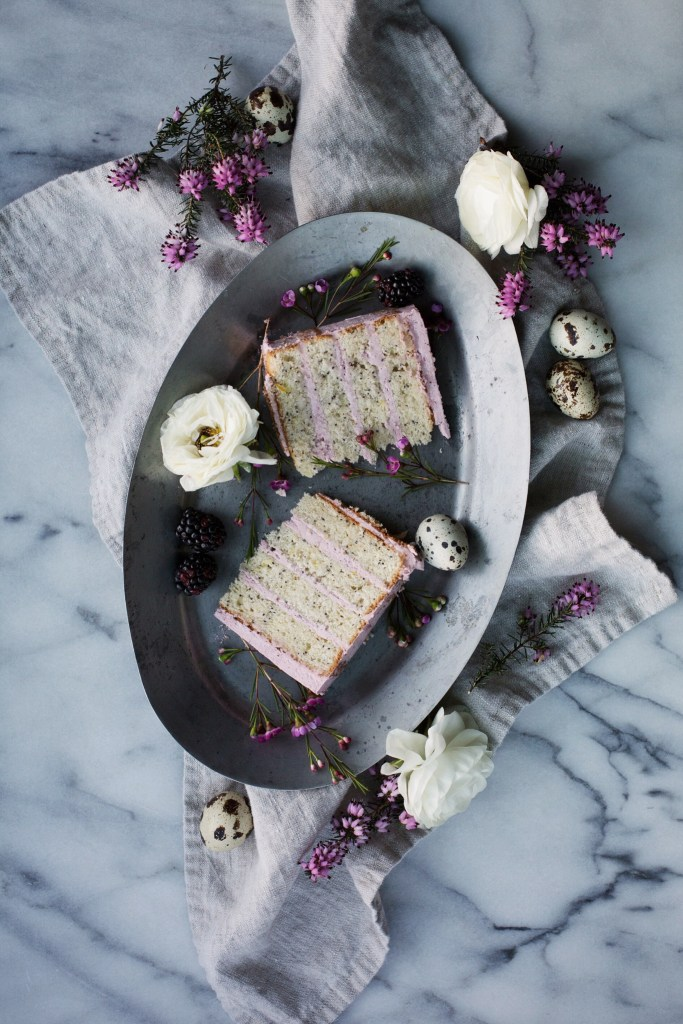lemon poppy seed cake with blackberry vanilla bean buttercream // ohhoneybakes.com
