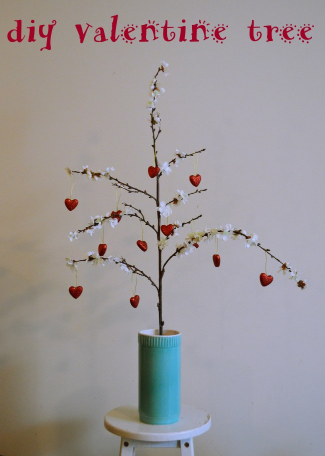 Lovey-Dovey DIY Valentine Tree