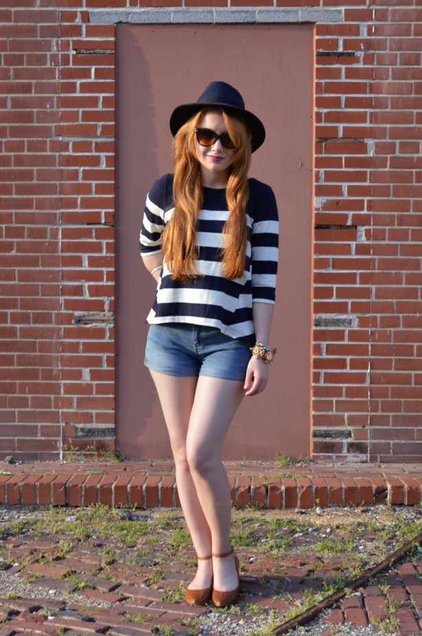 JORD Wood Watch with Shorts and Stripes (5)
