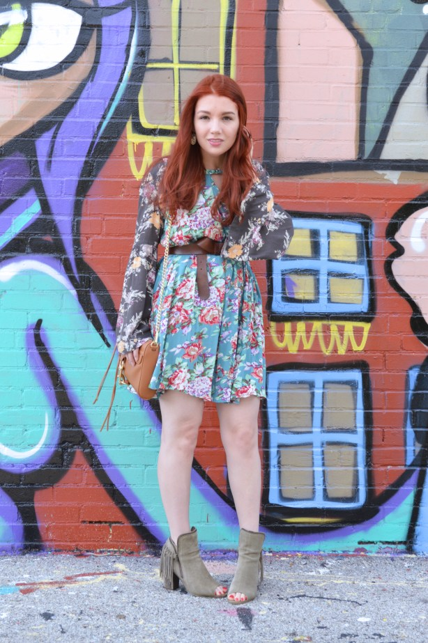 Bevo South City St Louis Mural - Mixed Florals Outfit for Summer and Fall - Oh Julia Ann (4)