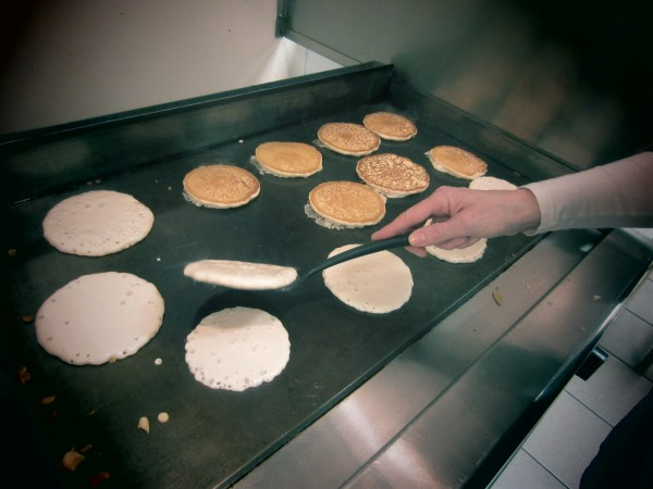 2013324 pancakes2