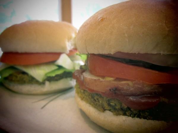 2013715 Qrunch Burger6