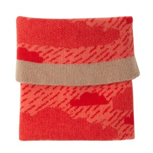 donna wilson rainy day red mini blanket 300x300 Donna Wilson