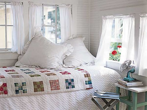 summer bedroom 500x375 {happy weekend!}