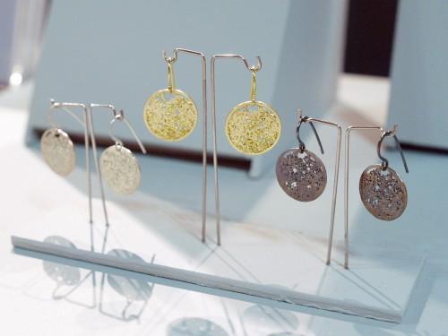 Maya Selway Oxidized Jewelry Earrings 500x375 January 2011 NYIGF, Part 2