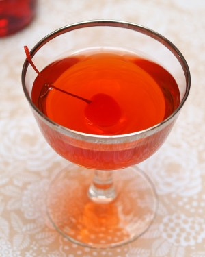 Cocktail Friday Boulevardier 7 300x375 Friday Happy Hour: The Boulevardier (aka: The Bittersweet Manhattan)