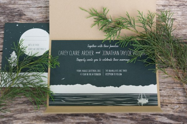 Woodsy Lodge Wedding Invitations Sarah Jane Winter3 600x400 Claire + Johns Woodsy Lodge Wedding Invitations