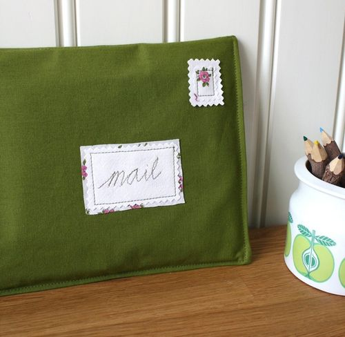6a00e554ee8a2288330133ed600c56970b 500wi Lovely Fabric Envelopes!